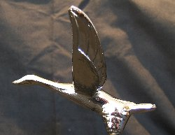 Small Flying Goose Bonnet Mascot -Chrome Plated